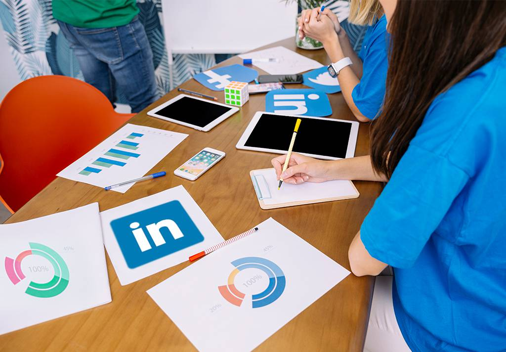how b2b marketers can strategize LinkedIn advertisement in 2019